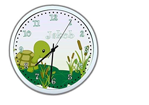 CreaDesign Kinder Wanduhren lautlos | Uhr mit (Wunsch) Namen | Kinderuhr Coole Deko fürs Kinderzimmer | Ideal für Mädchen und Jungen | Motiv Schildkröte
