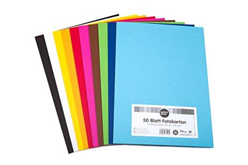 perfect ideaz 50 Blatt DIN-A4 Foto-Karton bunt, Bastel-Papier, Bogen durchgefärbt, 10 verschiedenen Farben, 300g/m², Ton-Zeichen-Pappe zum Basteln, buntes Blätter-Set farbig, DIY-Bedarf