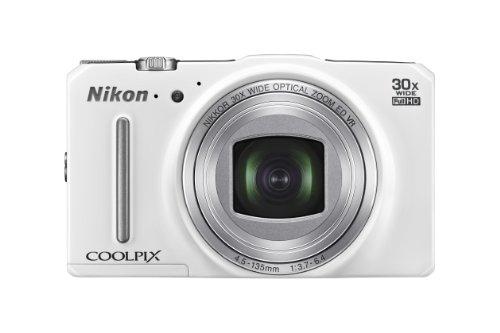 Nikon Coolpix S9700 Digitalkamera (16 Megapixel, 30-fach optischer Super-Zoom, 7,5 cm (3 Zoll) OLED-Monitor, 5-Achsen-Bildstabilisator (VR), Dynamic Fine Zoom, Full-HD-Videofunktion, Wi-Fi) weiß