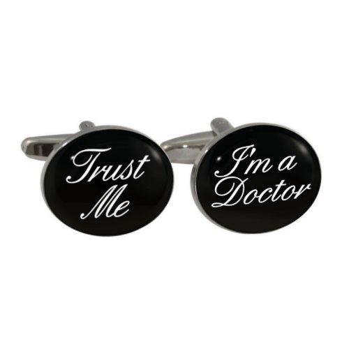 """Manschettenknöpfe mit Aufschrift: """"Trust Me I'm A Doctor"""", in Geschenkverpackung"""