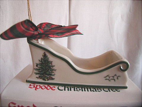 Spode Christmas Ornamente (Spode Christmas Tree Sleigh Christmas Ornament by Spode)