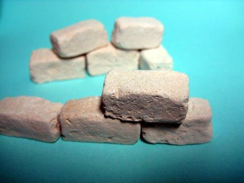 150 rechteckige Ruinenbausteine, sandfarbig (ocker)