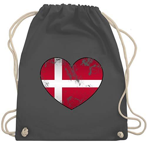 Shirtracer Fußball-Europameisterschaft 2020 - Dänemark Vintage Herz - Unisize - Dunkelgrau - WM110 - Turnbeutel und Stoffbeutel aus Bio-Baumwolle