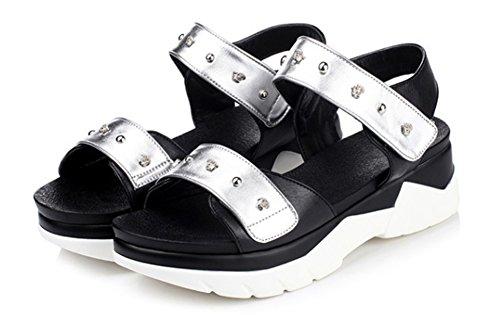 Aisun Damen Modern Kontrastfarbe Niete Durchgängig Plateau Klettverschluss Sandale Silber