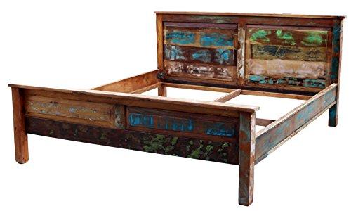 SAM® Massiv-Holzbett Riverboat, aus Altholz, bunt lackiert, natürliche Maserung, Massive widerstandsfähige Oberfläche, ausgefallenes Design im Vintage-Look,