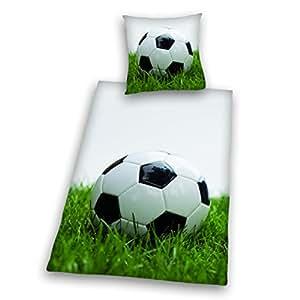 Herding 445989050 Bettwäsche Fussball, Kopfkissenbezug: 80 x 80 cm + Bettbezug: 135 x 200 cm, 100 % Baumwolle, Renforce