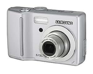 Samsung S750 Digitalkamera (7 Megapixel, 3-fach opt. Zoom, 6,4 cm (2,5 Zoll) Display) silber