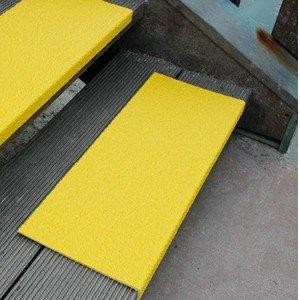 Antirutsch Kantenprofil gelb, Körnung Medium, GFK, 230 x 1000 x 30 mm