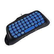 Caratteristiche: Una tastiera palmare appositamente per PS4 / PS4 Slim. La tastiera integrata semplifica la comunicazione con i partner tramite il messaggio. Offre una risposta rapida senza ritardi. Supporta connessione Bluetooth wireless 8-1...