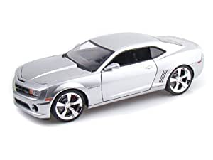 Jada Toys - 96325BK - Véhicule Miniature - Chevrolet Camaro SS - 2010 - Echelle 1:18 - Noir Mat