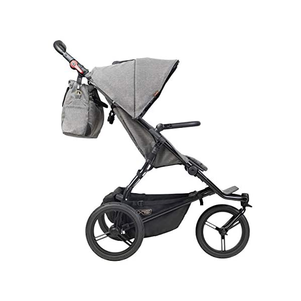Mountain Buggy Model: Urban Jungle Luxury Collection Herringbone Including Changing Bag and Baby seat (carrycot Plus) Mountain Buggy Box contents: 1 Mountain Buggy Urban Jungle Luxury Collection Herringbone including changing bag and baby seat (carrycot plus) Product weight: 11.5 kg Seat load: 25 kg 7