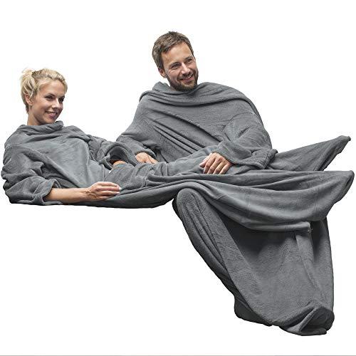 CelinaTex TV-Decke Kuscheldecke mit Ärmel und Fuß Tasche, Mikrofaser Decke Coral Fleece, Tagesdecke silber grau, 150 x 180 5000030