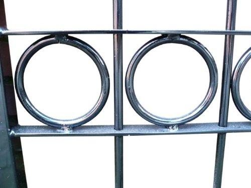 Hochwertiges, 2-flügeliges Tor mit Spitzen / Einbaubreite: 450cm - Einbauhöhe: 150cm / Schwarz beschichtet / Doppeltor Gartentor