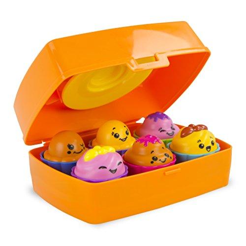 TOMY Lernspaß Cupcakes Kinderspielzeug - spielerisch Farben und Formen lernen / Babyspielzeug ab 10 Monate und unterhaltsames Spiel für Kleinkinder (Lunchbox Kinder-spiel)