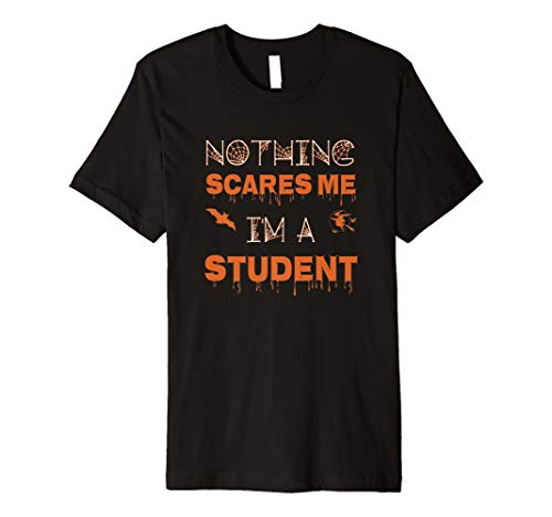 (Nichts mir Angst I 'm a Student Funny Halloween Tshirt)
