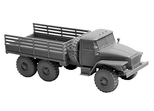 Zvezda 500787417 - 1:100 Ural Truck