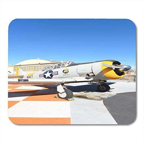 Luancrop Mauspads Orange Irvine Ca 31. Januar 2018 SNJ 5 Texan WWII-Ära-Flugzeug auf Anzeige am großen Park in Kalifornien Mausunterlage für Notizbücher, Bürozubehöre des Tischrechners