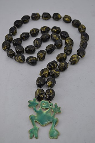 handmade-necklace-with-frog-of-brass-and-acrylic-stones-the-frog-is-a-channel-of-positive-energy-luc