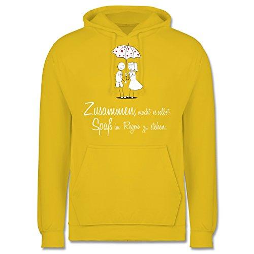 Romantisch - Zusammen - macht es Spaß im Regen zu stehen - Männer Premium Kapuzenpullover / Hoodie Gelb