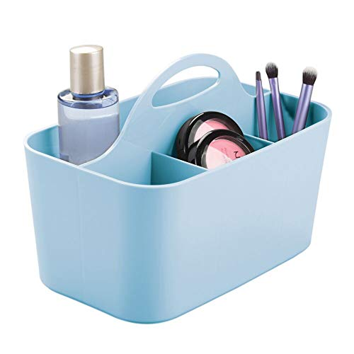 mDesign Capiente Organizer Trucchi suddiviso in 4 Scomparti - Porta Trucchi in plastica con Pratico Manico Centrale - Contenitore Cosmetici per Il Bagno o la toeletta - Azzurro