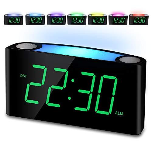 """Mesqool Nachtlicht Wecker,Reisewecker,LauterAlarmPlug-in-Uhr,7\"""" Digital LED-Anzeige, GroßFarbigesNachtlicht,Helligkeitsregler & Alarm Lautstärke Regelbar,12/24H,2USB-Stromanschluss,Snooze"""