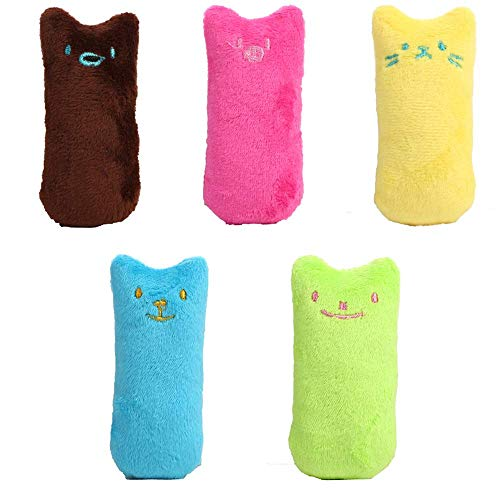 Les jouets en peluche pour chats