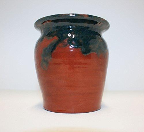 magnifique-vase-en-terre-cuite-avec-des-glacures-vertes-foncees-et-transparentes