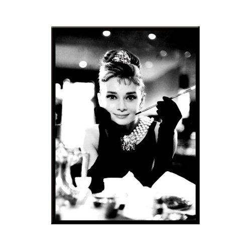 Nostalgic-Art 14046 Breakfast at Tiffany's - Audrey - Holly Golightly, Magnet 8x6 cm