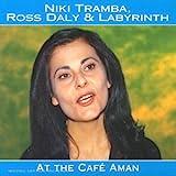 At the café Aman / interprète Niki Tramba | Tramba, Niki. Chanteur