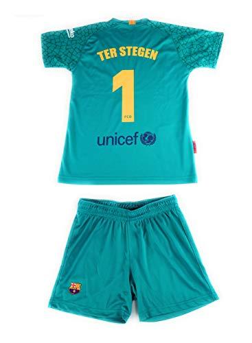 Ter Stegen Réplica Oficial del FC Barcelona Temporada Color Verde. Está compuesta por la camiseta y los pantalones. Este producto es una Réplica Oficial o Producto Oficial Licenciado. Todas las prendas tienen en su etiqueta un holograma con un número...