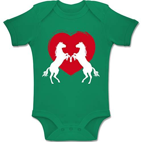 Shirtracer Tiermotive Baby - Pferde mit Herz - 12-18 Monate - Grün - BZ10 - Baby Body Kurzarm Jungen Mädchen (Brownie Kostüm)