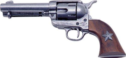 Questa replica pistola rappresenta una singola azione m1873Six Shooter revolver ed è uno dei nostri prodotti più popolari. ha una finitura anticato grigio, 12,1cm cilindro, ed è dotato di una stella sul manico in legno. Questa collezione militare h...