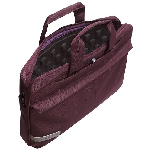 Tech air TAN3205 - A TechAir product. the TAN3205 laptop case is the latest slim-line top loading design. Made from shower-proof Polyester in Plum its suitable for laptops up to 15.6 . Includes Lateral Protection (soft cushioning protecting the face and back of your device (1Year warranty)