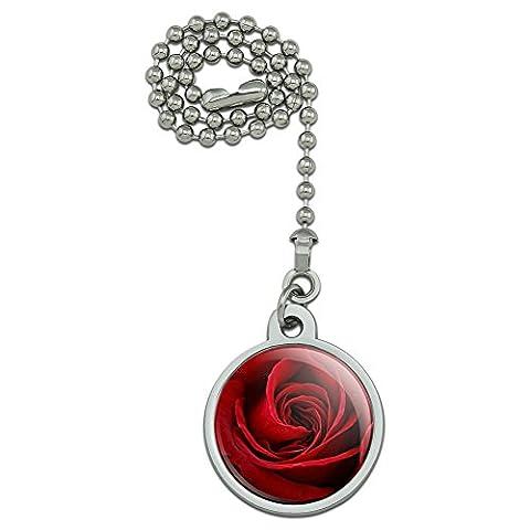 Rose Rouge Close-up ventilateur de plafond et chaîne de Tirette pour luminaire