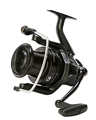 Daiwa CrossCast BK (Black) Long Cast / Big Pit Reel**2 Sizes 5000A / 5500A**Carp Pike Coarse Fishing Reel by Daiwa