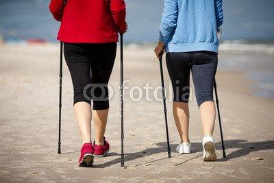 druck-shop24 Wunschmotiv: Nordic walking - two women working out on beach #120106677 - Bild auf Leinwand - 3:2-60 x 40 cm/40 x 60 cm