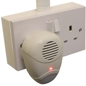 Répulsif ultra sonique à brancher avec lumière de nuit pour souris et rats.