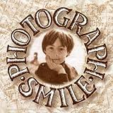 Photograph Smile [Import anglais]