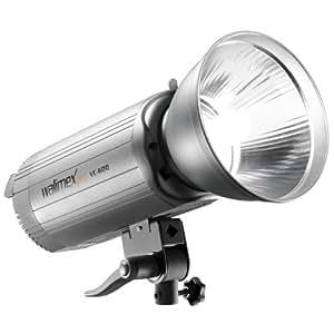Puissance du flash 600Ws, ajustable jusqu'à 1/16, température de couleur 5400-5800K, lampe pilote 250W