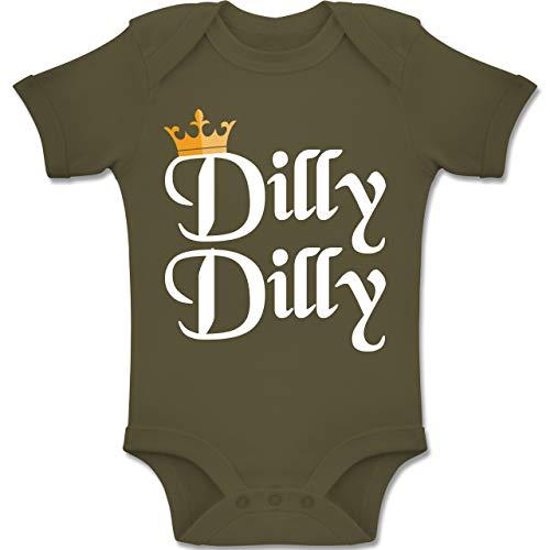 Anlässe Baby - Dilly Dilly - St. Patricks Day - 3-6 Monate - Olivgrün - BZ10 - Baby Body Kurzarm Jungen Mädchen (Oma Kostüme Irland)
