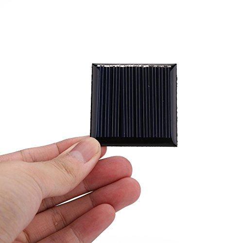 Descripción:  Color: Negro material de detalles Producto: silicio policristalino  Tensión de funcionamiento: DC 5V  Potencia: 0,25 W tamaño  del producto: 4.5 * 4.5 * 0.1cm  embalar incluye:  1 x del panel de batería solar