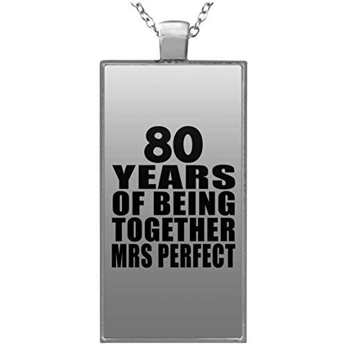 80th Anniversary 80 Years Of Being Mrs Perfect - Rectangle Necklace Halskette Rechteck Versilberter Anhänger - Geschenk zum Geburtstag Jahrestag Muttertag Vatertag Ostern (Bday 80th Ideen)