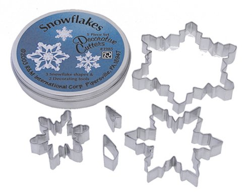 5-piece-snowflake-cutters-complete-with-tin-tin-is-now-red