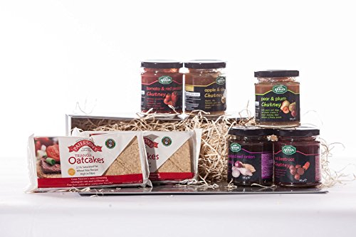 Scottish Hamper - Arran - Great selection of Scottish Chutney and oat cakes