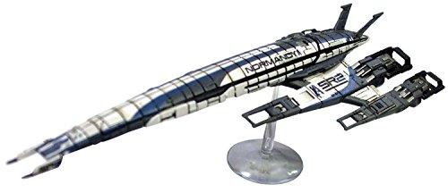 Preisvergleich Produktbild Mass Effect: Alliance Normandy Sr-2 Ship Replica : Includes Base