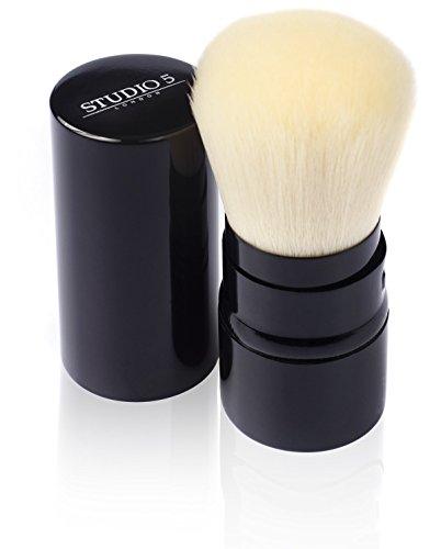 Waschen Kabuki-pinsel (Einziehbarer Kabuki Pinsel von Studio 5 Cosmetics - Tragen Sie ihr Make Up unterwegs auf)