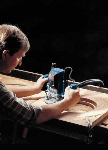 Bosch GOF 900 CE Professional Oberfräse im Karton mit Kopierhülse, Spannzange, Absaugadapter, Gabelschlüssel, Parallelanschlag und Zentrierstift - 5