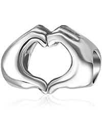 Abalorio con diseño de manos formando un corazón, plata de ley 925