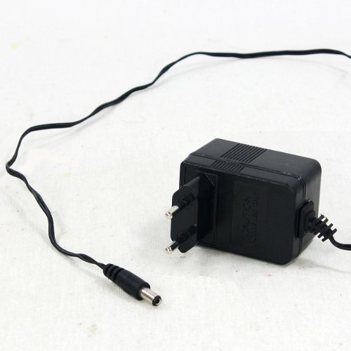 adapter-fur-led-acryl-artikel-230v-5-volt-300ma