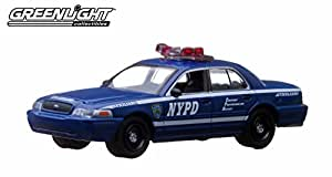 Greenlight Collectibles Hot Pursuit Series 13 New York City Police Department NYPD Ford Crown Victor